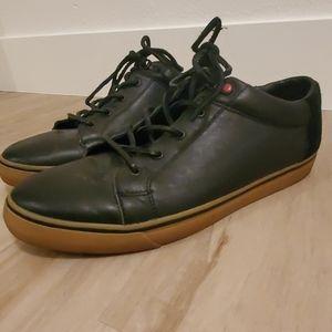 Mens 12 UGG black sneaker shoes ENERG